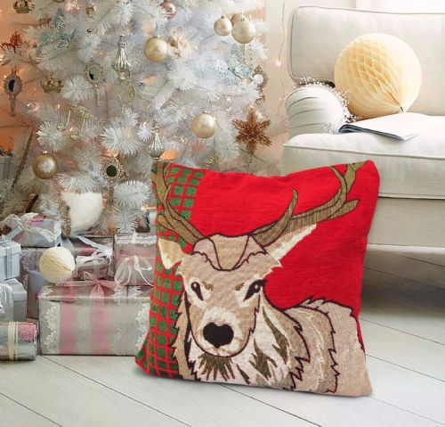CHRISTMAS THEMED FESTIVE XMAS DESIGN CUSHION COVER STAG RED GREEN